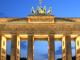 Brandenburger_Tor_abends-460x400