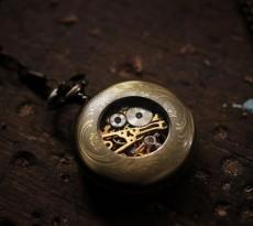 timepiece-460231_640-640x426